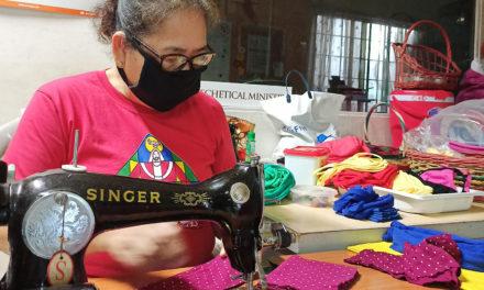 Marikina parish makes homemade masks for the needy