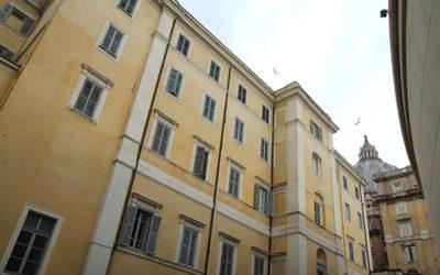 Vatican official living in Santa Marta tests positive for coronavirus