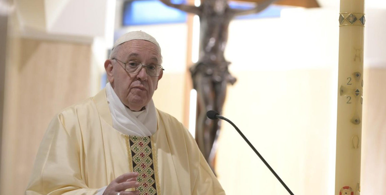 Pope prays that pastors will have courage to be close to their people