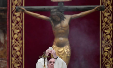 On Holy Thursday, Pope Francis recalls priests dying amid pandemic