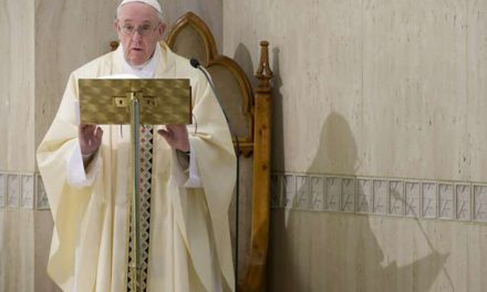 Pope Francis prays for coronavirus victims dying without their loved ones