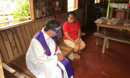 Manila bishop rules out 'online confession'