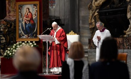 Pope Francis asks Catholics to see Church with 'eyes of the Spirit'