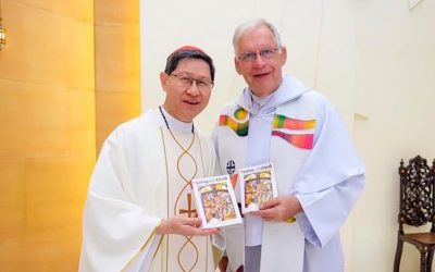 Bayard extends free access to 'Living with Christ' missal