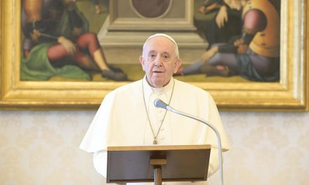 Nunciature warns against persons, groups using pope's name