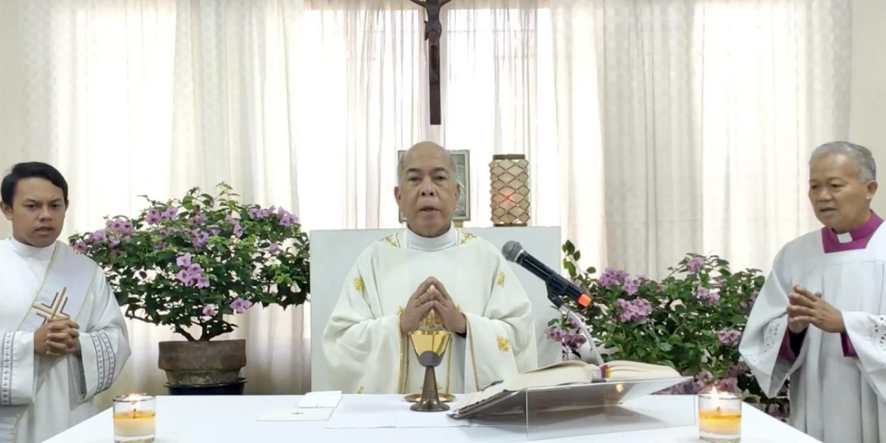 Archbishop Valles celebrates first Mass after mild stroke