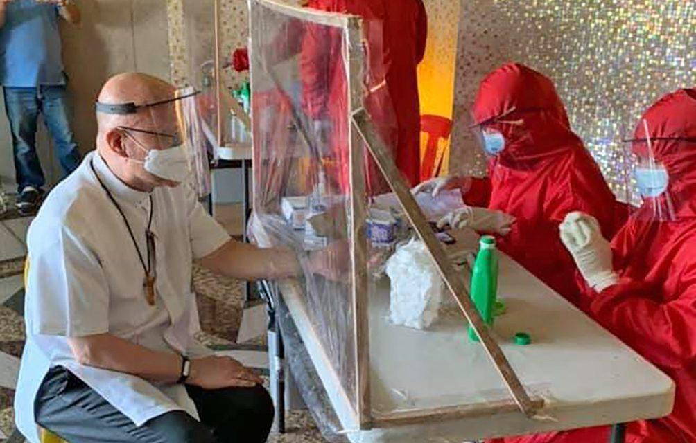 Cubao bishop, priests undergo coronavirus tests