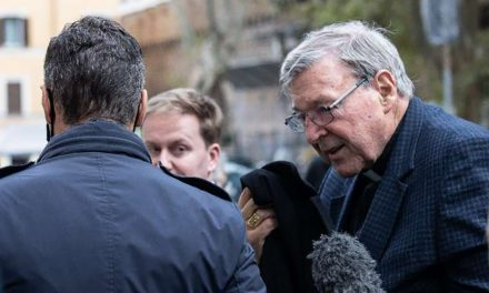 Cardinal Pell arrives in Rome as financial scandal casts shadow over Vatican