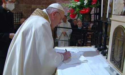 Pope Francis signs new encyclical Fratelli tutti in Assisi