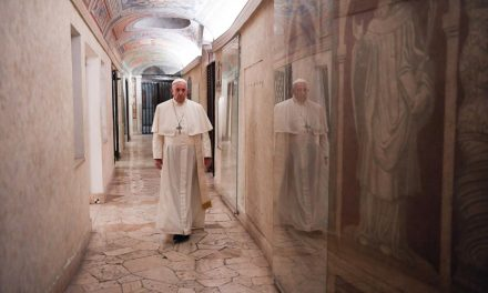 Pope Francis on All Souls' Day: Christian hope gives life meaning