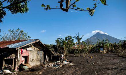 Don't lose hope, Albay bishop tells typhoon victims