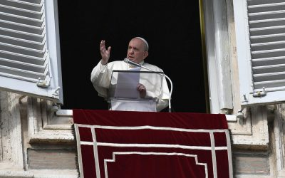 Pope Francis: Stretch out your hand to the poor