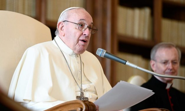 Pope Francis encourages young economists to learn from the poor