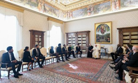 Pope Francis and NBA players discuss social justice in Vatican meeting