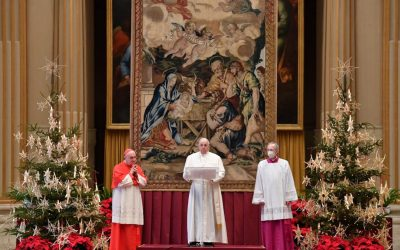 Pope Francis calls for 'vaccines for all' as he gives Christmas Urbi et Orbi blessing
