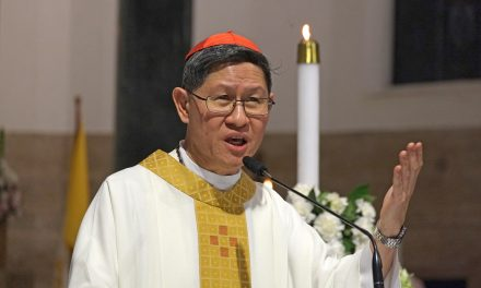 Cardinal Tagle: Turn parishes, other places of ministry into 'home'