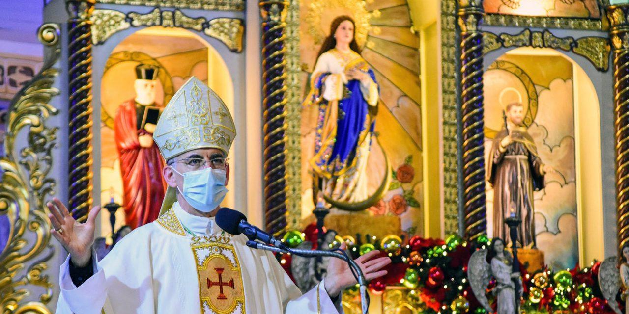 Nuncio gives tips for 'fruitful' service to parish servers