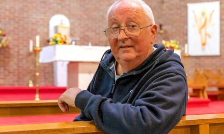 Catholic priest who 'died twice' gives thanks for coronavirus recovery
