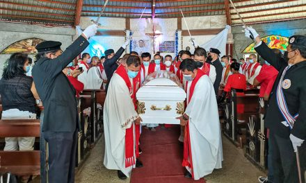 Cry for justice loud in burial of slain Bukidnon priest