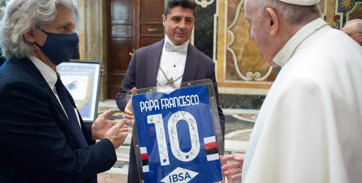 Pope Francis to soccer players: 'The most beautiful victories are those you win as a team'
