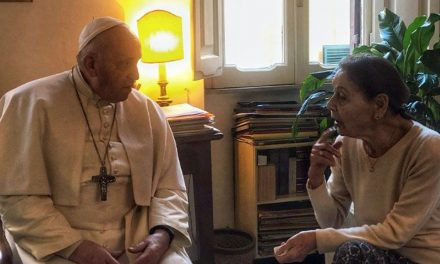 Pope Francis visits writer and Holocaust survivor in Rome