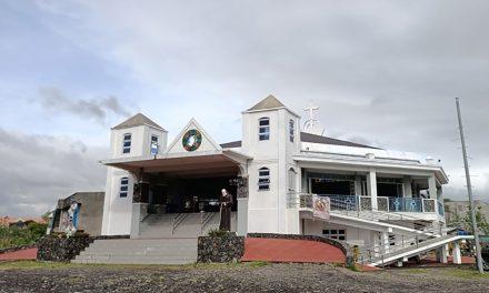 Bishop 'saddened' as Albay church vandalized
