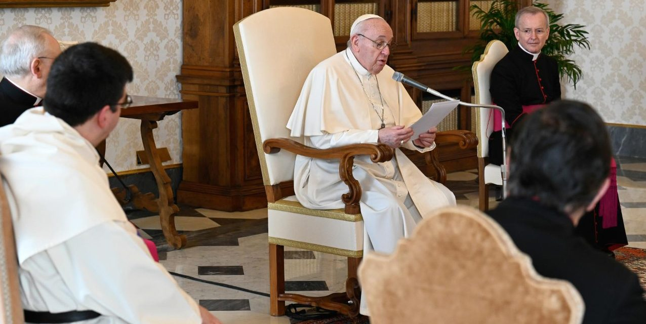 Pope Francis calls for end to 'bloody clashes' in Burma