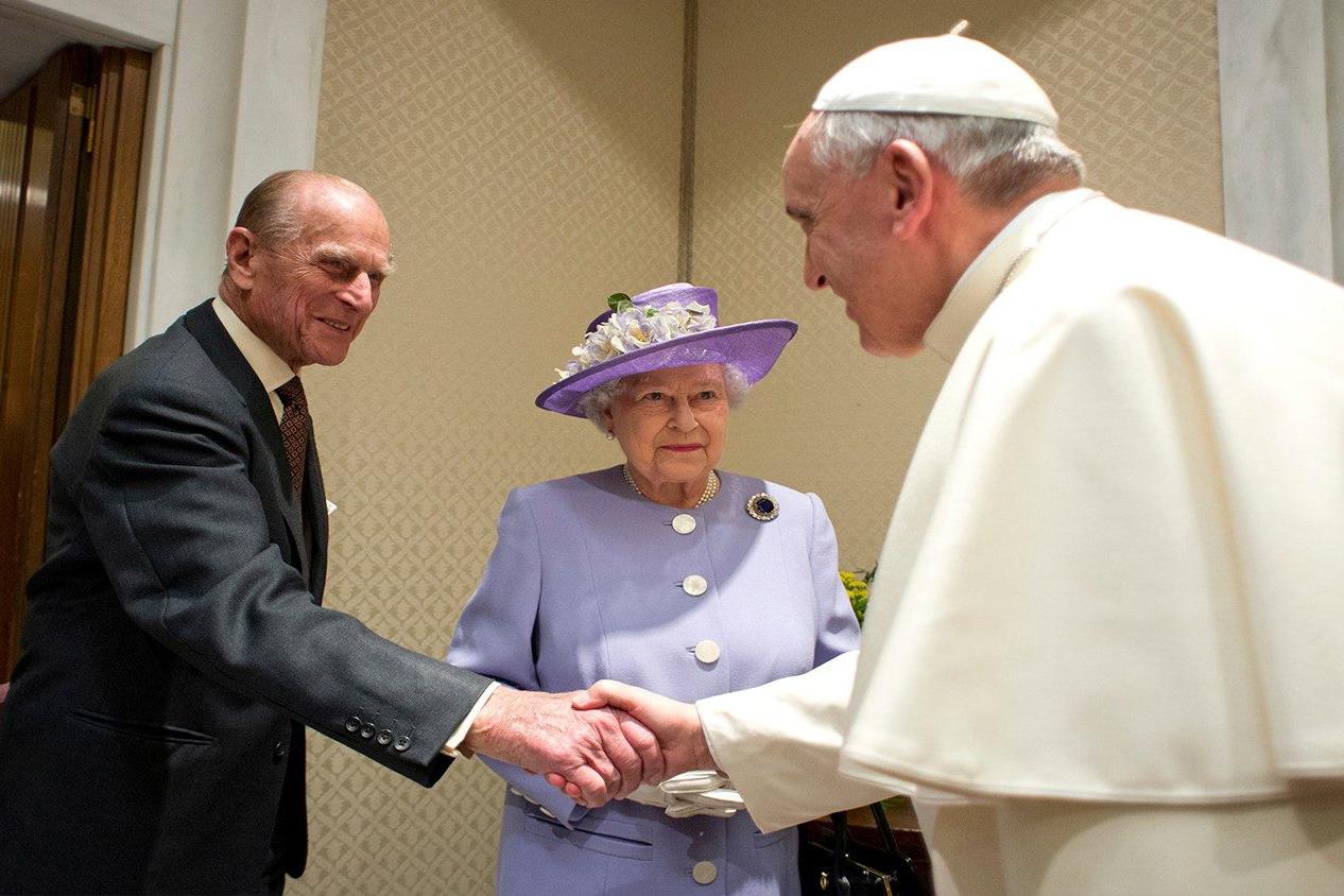 Pope Francis sends condolences to Queen Elizabeth for death of Prince Philip | CBCPNews