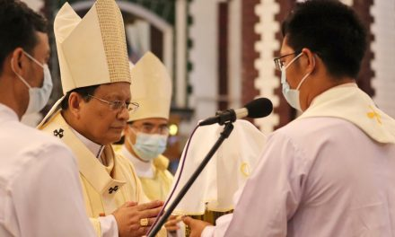 Cardinal Bo: 'Merciless killings' turning Burma into '21st-century Calvary'