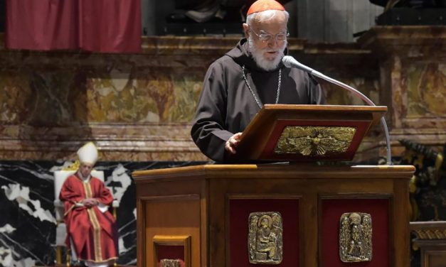 Papal preacher on Good Friday: Political ideologies wound fraternity in the Catholic Church