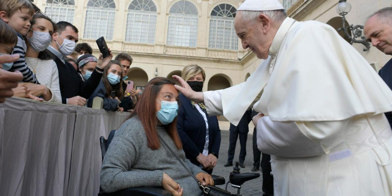 Pope Francis at the general audience: 'Prayer works miracles'