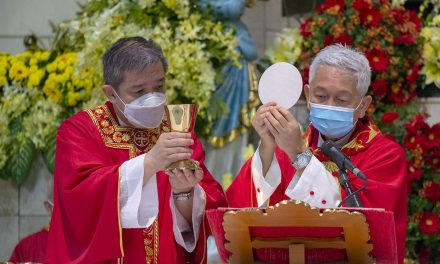 Most Filipino Catholics believe that Eucharist is body, blood of Christ