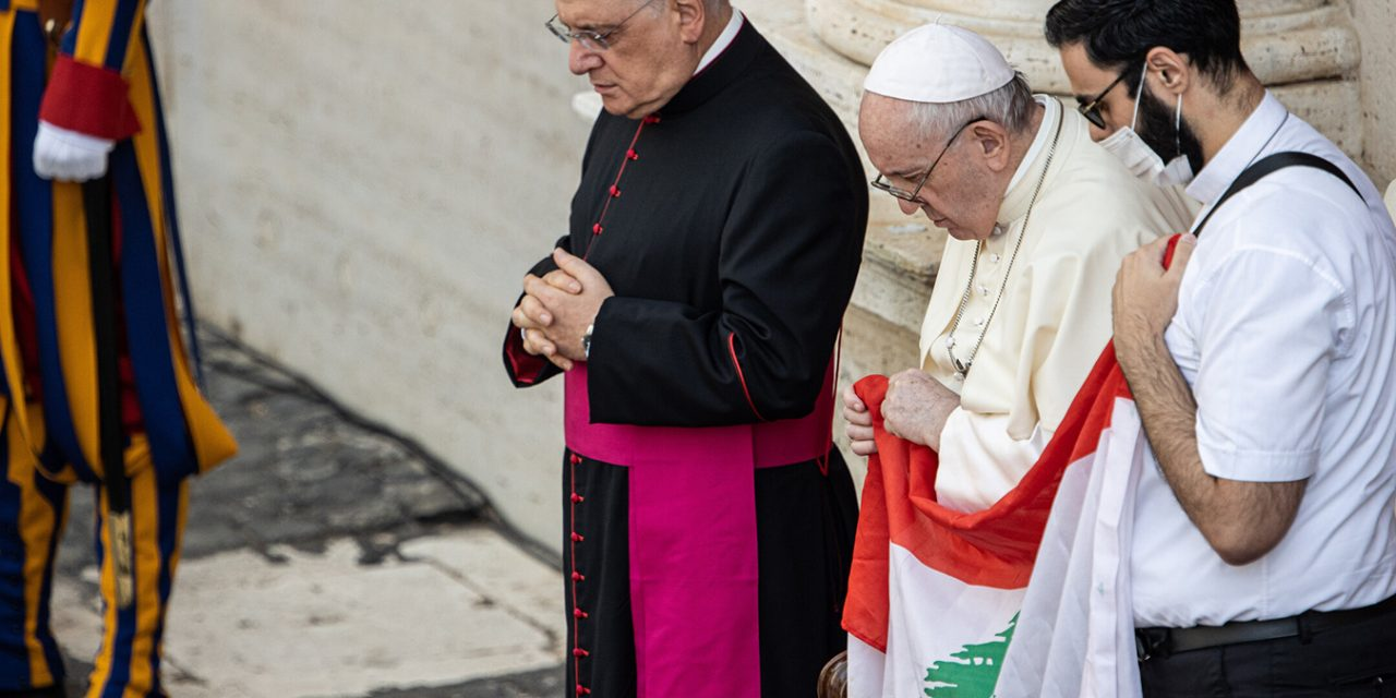Vatican 'deeply concerned' about the potential collapse of Lebanon