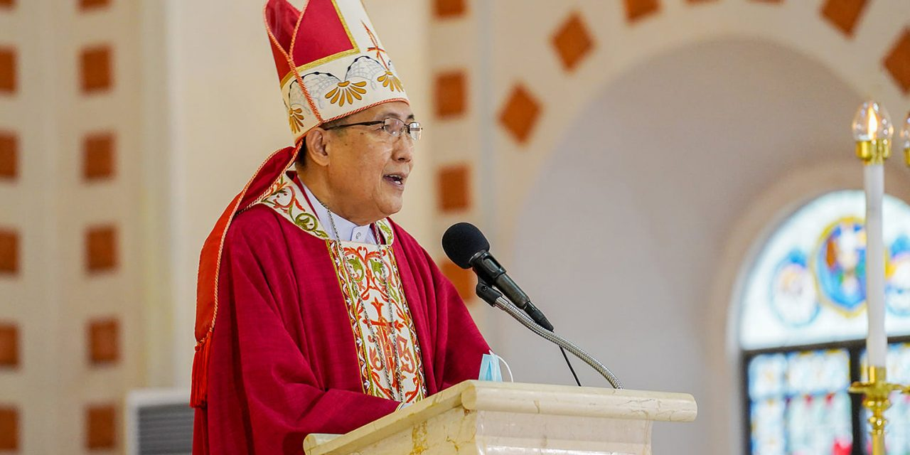Don't allow pandemic to 'paralyze' pastoral care, priests told