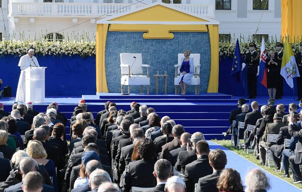 Pope Francis urges Slovakia to follow the Beatitudes to build a just society