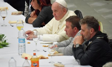 Pope Francis to meet 500 poor in Assisi on Nov. 12