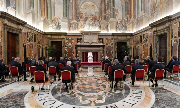 Pope Francis: Catholic healthcare is called to bear witness to human dignity